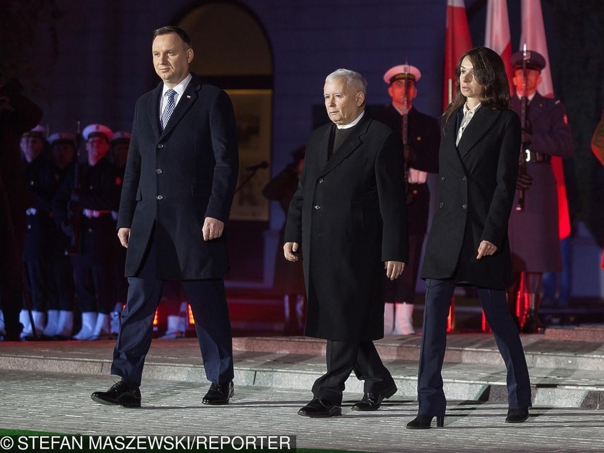 Marta Kaczyńska na odsłonieciu pomnika Lecha Kaczyńskiego w Warszawie