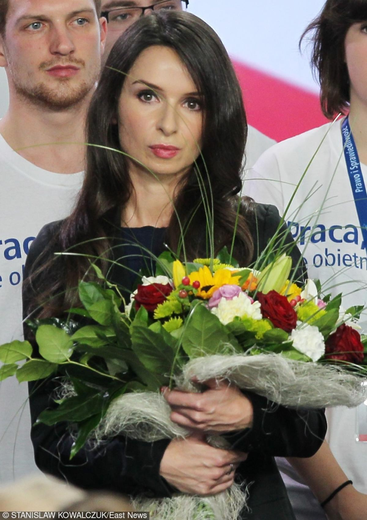 Marta Kaczyńska w czarnej marynarce