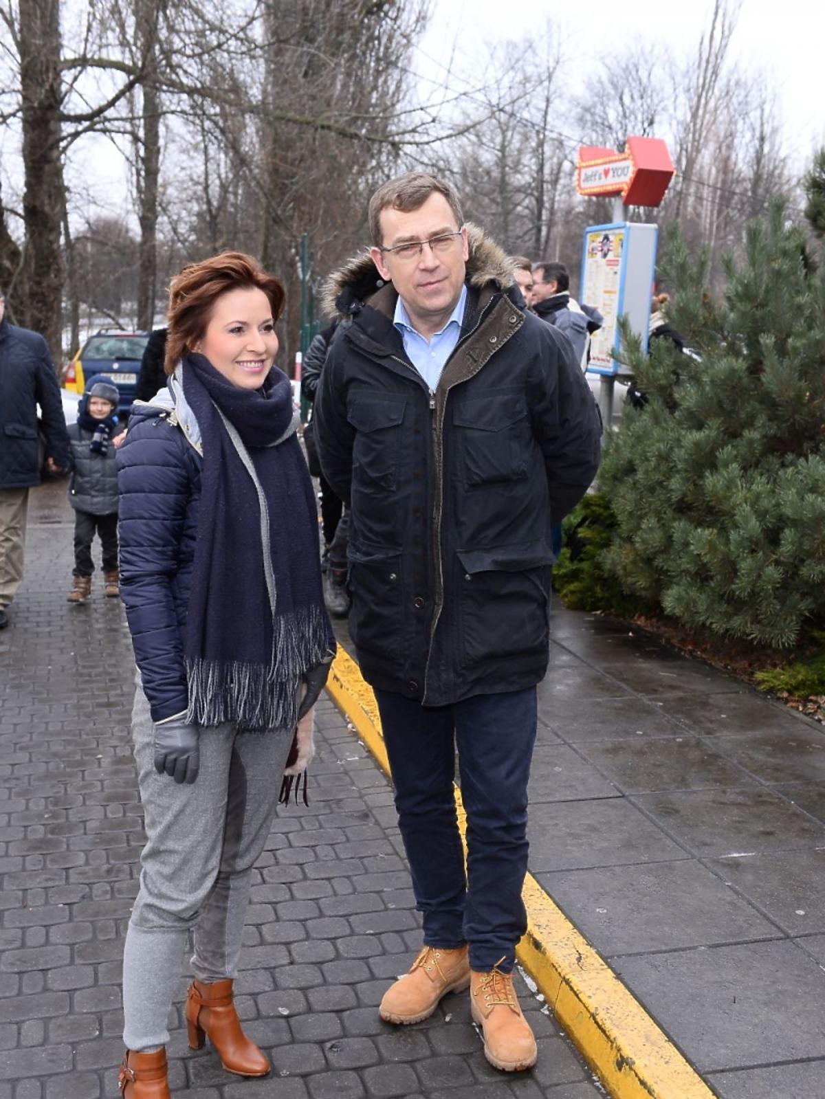 Marta Kielczyk i Maciej Orłoś na noworocznym obiedzie z dziećmi