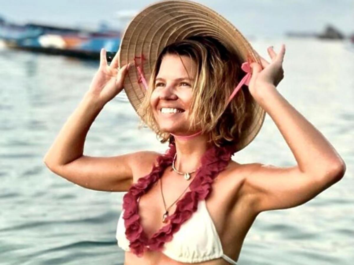 Marta Manowska w kostiumie kąpielowym