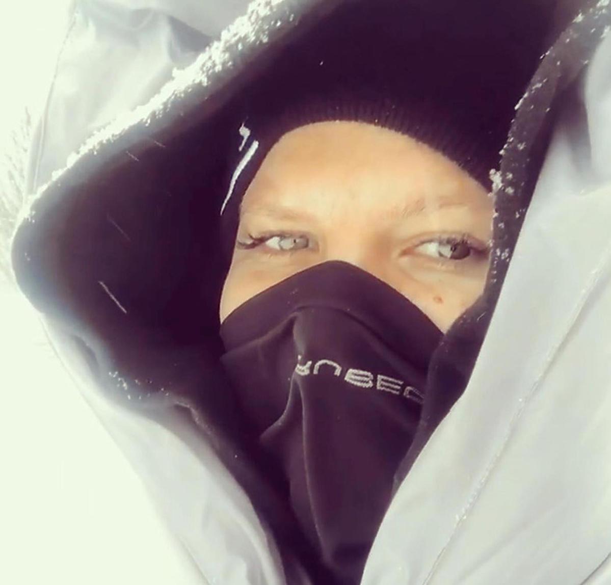 Marta Manowska w zimowej kurtce