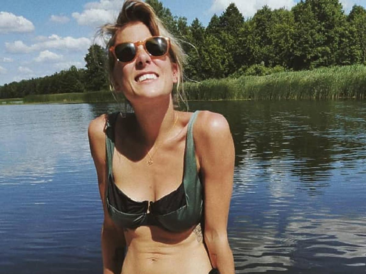 Marta Wierzbicka w kostiumie kąpielowym