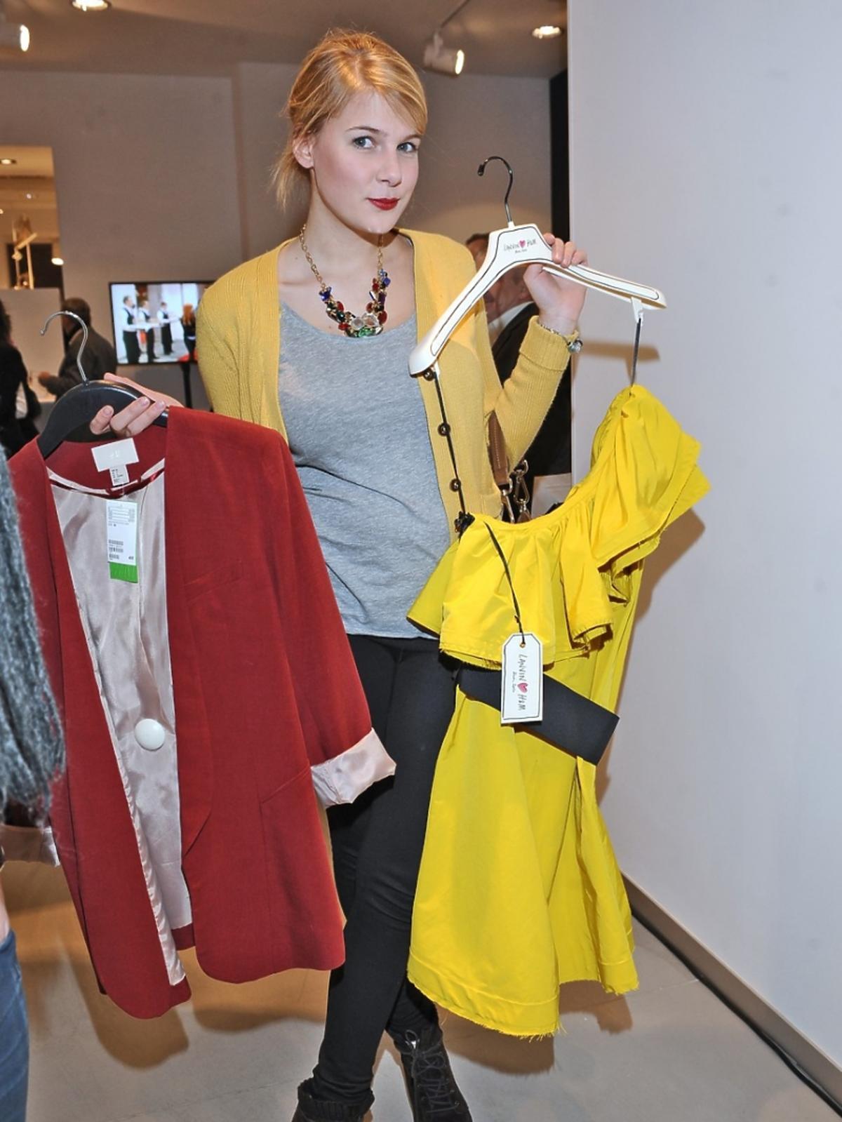 Marta Wierzbicka z ubraniami