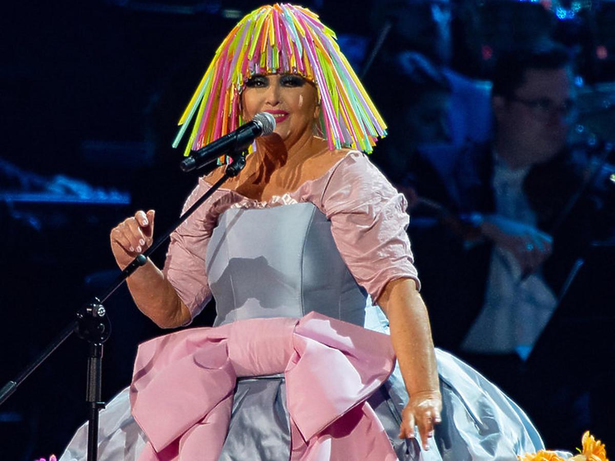 Maryla Rodowicz w zaskakującej stylizacji na Koncercie dla Niepodległej