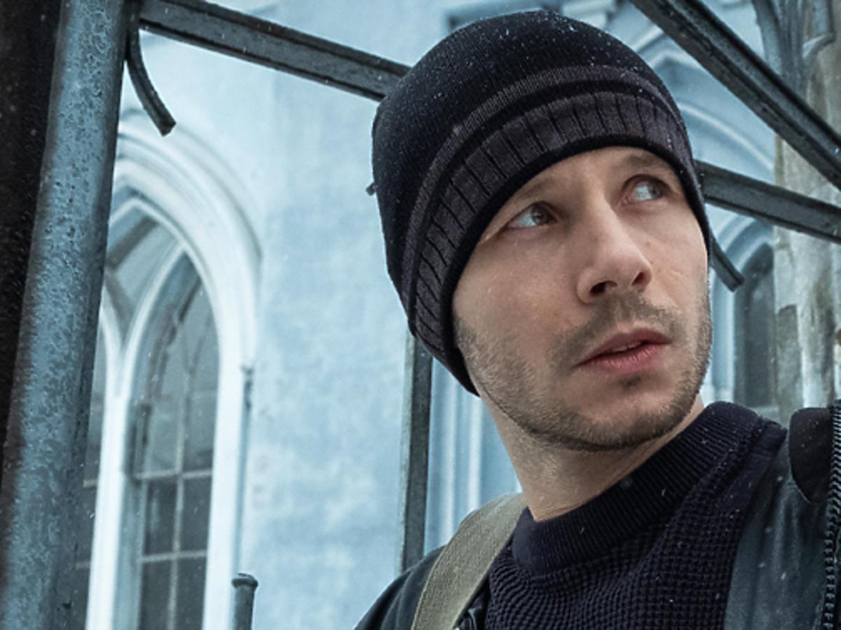 Mateusz Banasiuk w serialu Pod Powierzchnią