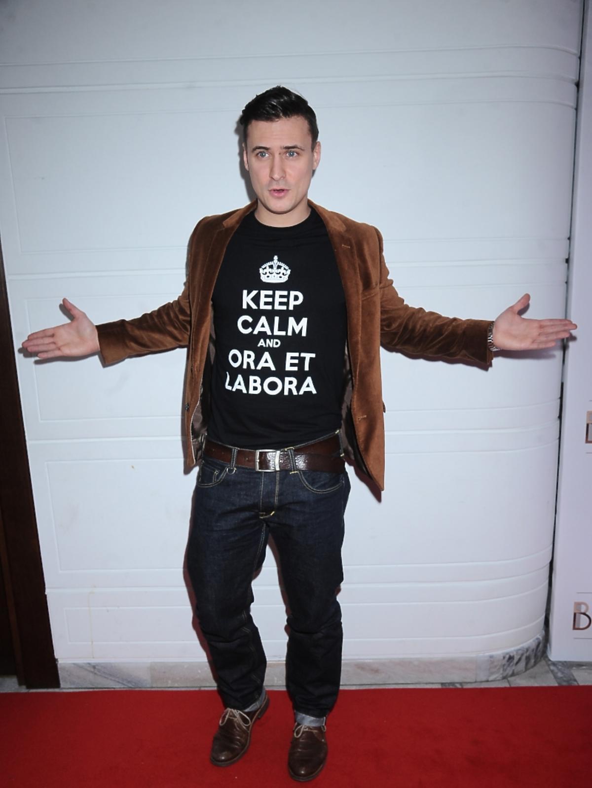 Mateusz Damięcki na konferencji prasowej serialu Bodo