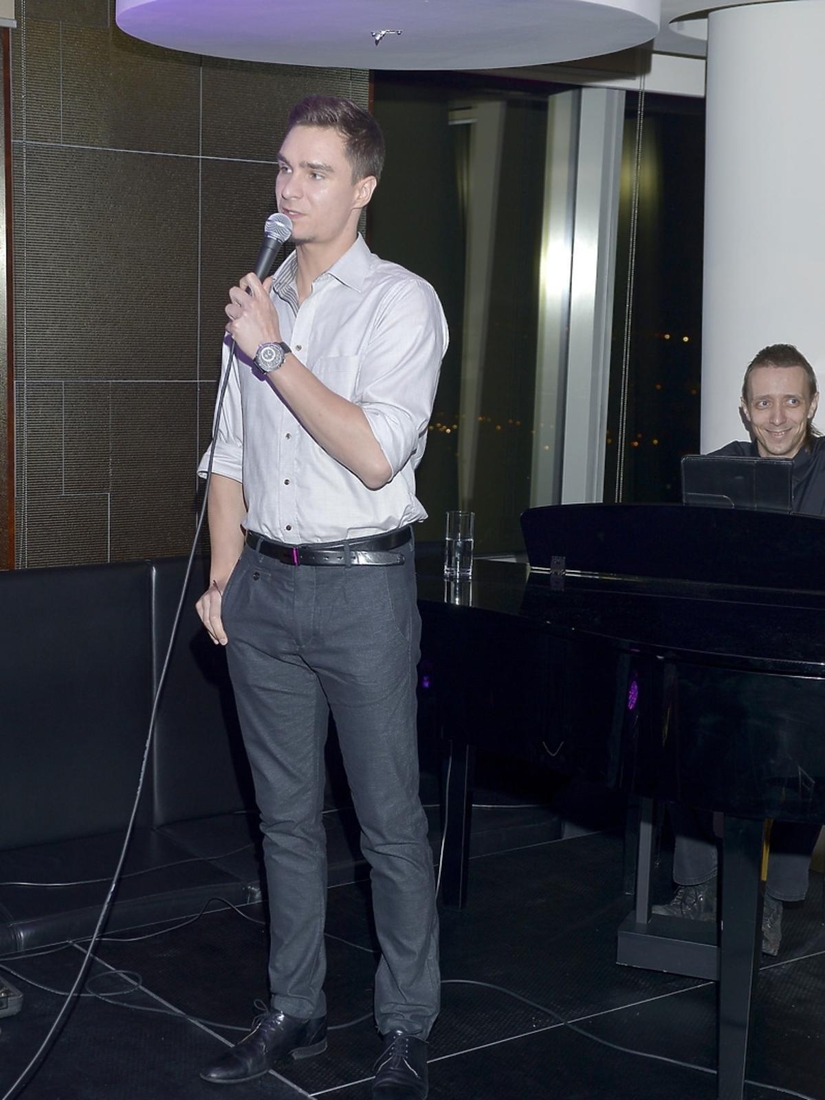 Mateusz Krautwurst podczas aukcji dla Leo