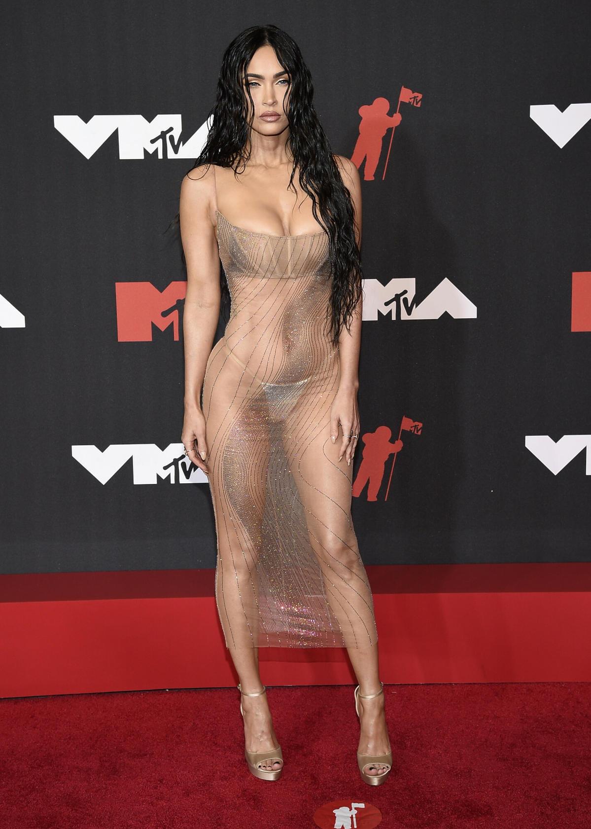 Megan Fox w przezroczystej sukience na MTV VM