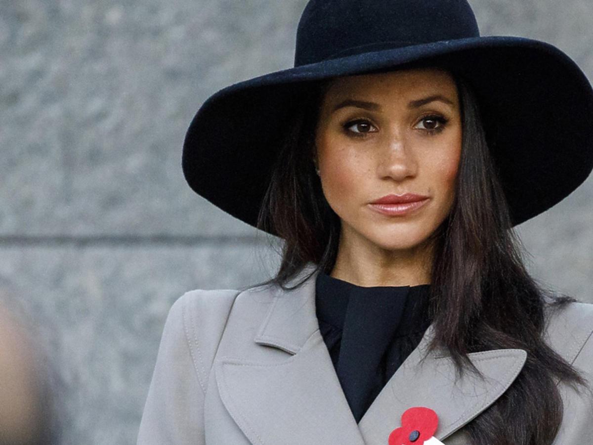 Meghan Markle w kapeluszu