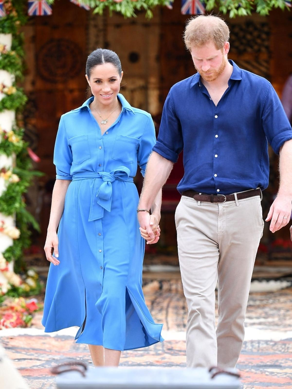 Meghan Markle w niebieskiej sukience