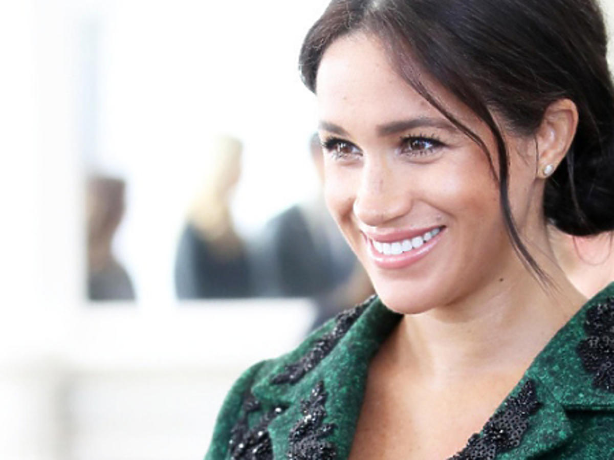 Meghan Markle w zielonym płaszczu
