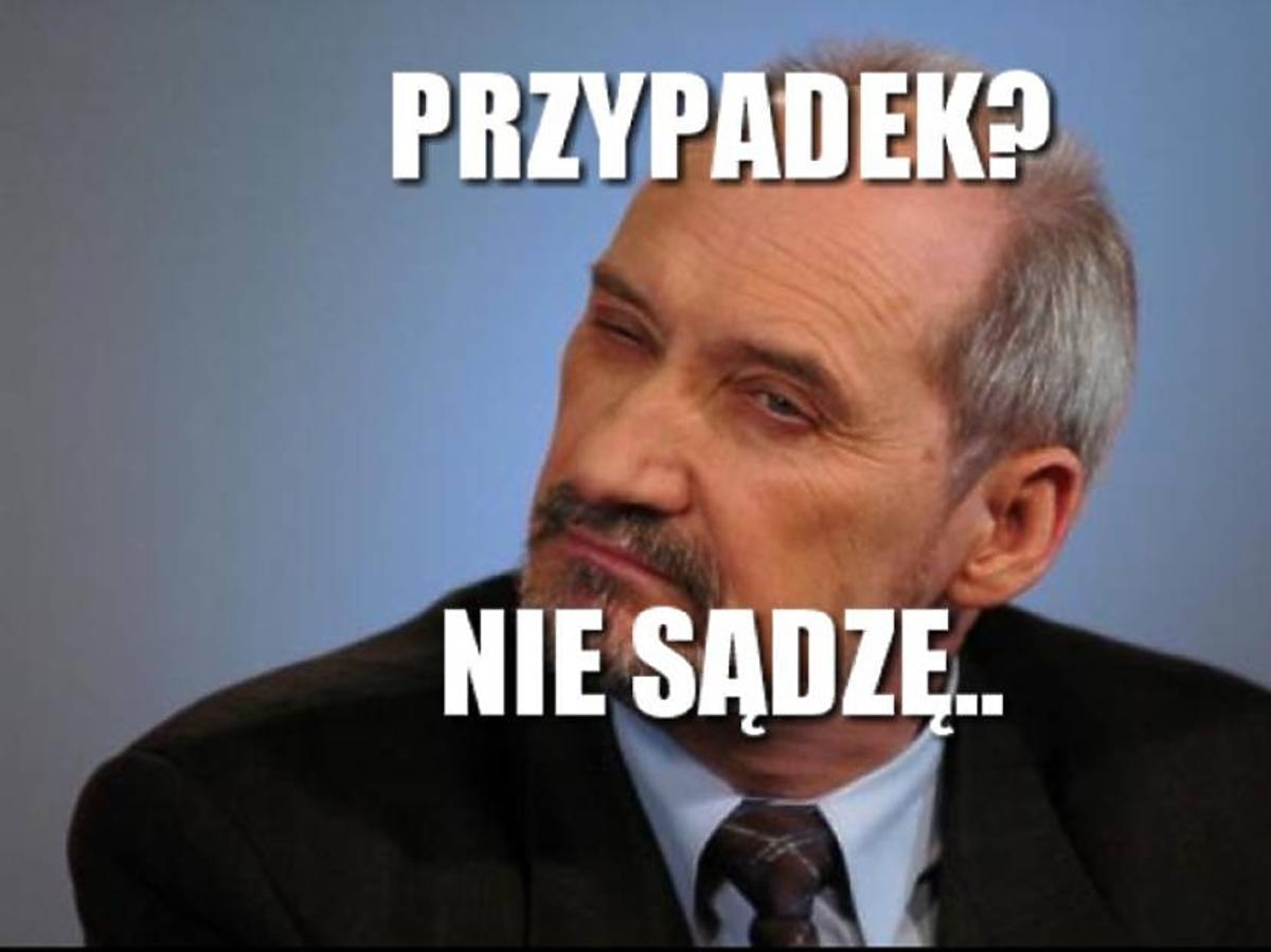 Memy, Antoni Macierewicz