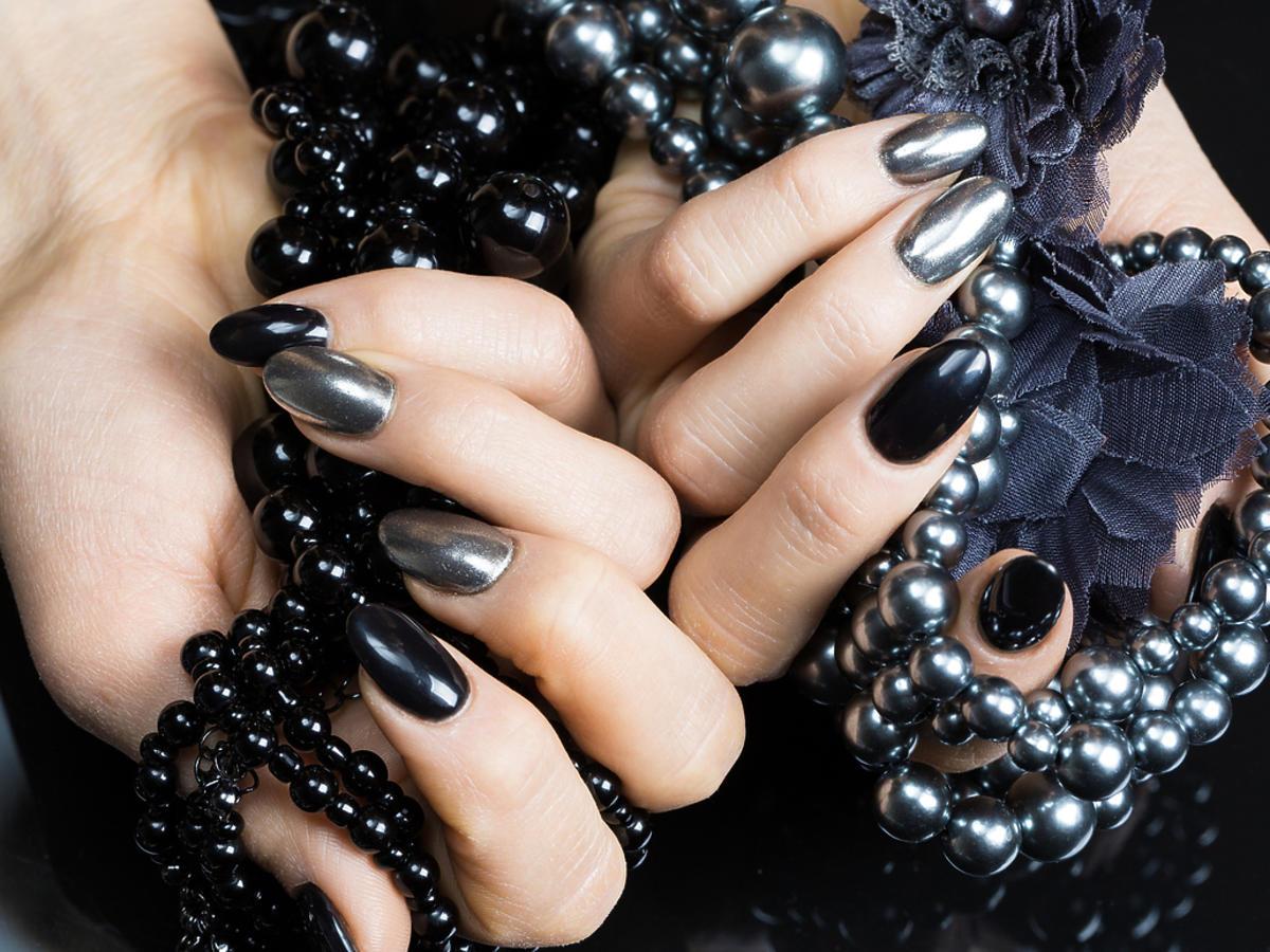 Metaliczne paznokcie