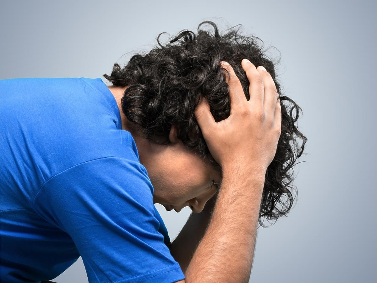 mężczyzna w depresji