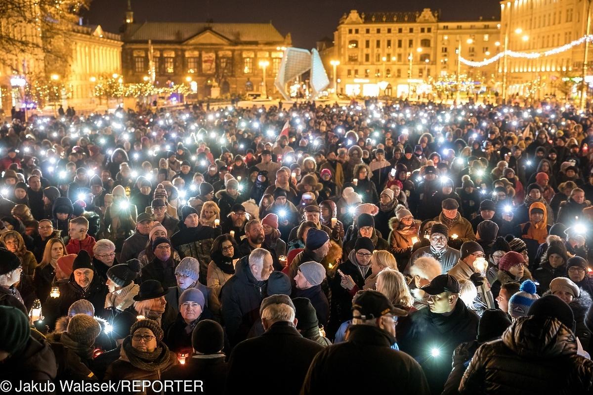 Miasta w hołdzie prezydentowi Pawłowi Adamowiczowi - Poznań
