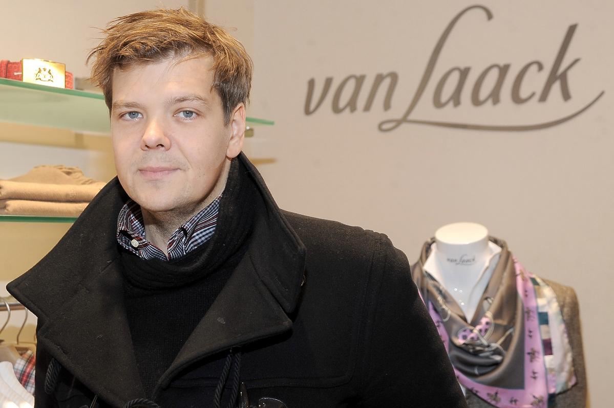Michał Figurski na otwarciu sklepu