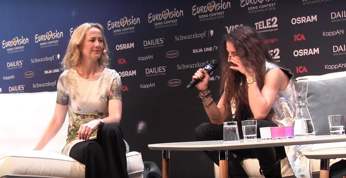 Michał Szpak płacze na konferencji na Eurowizji 2016