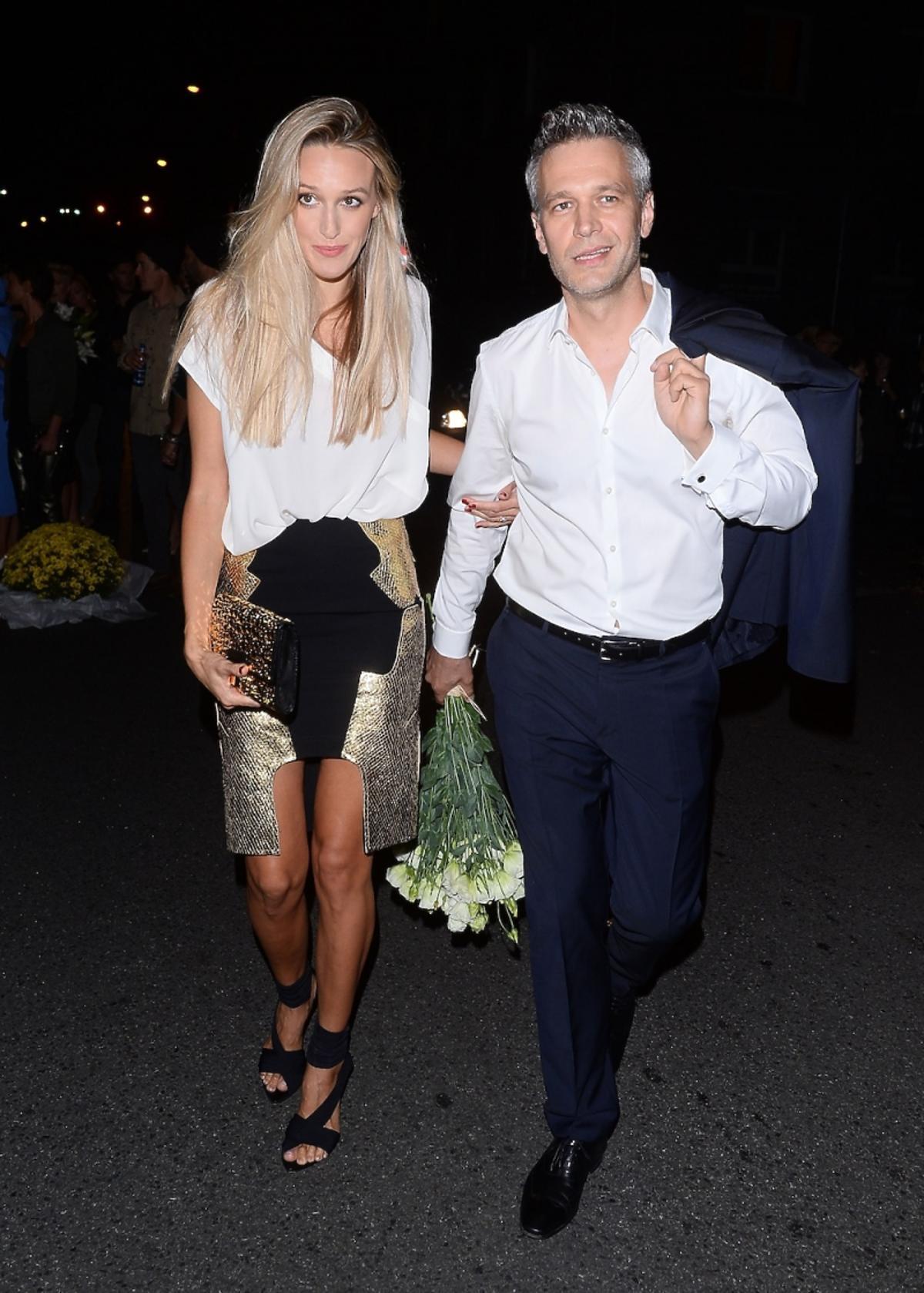 Michał Żebrowski i Aleksandra Adamczyk na ulicy