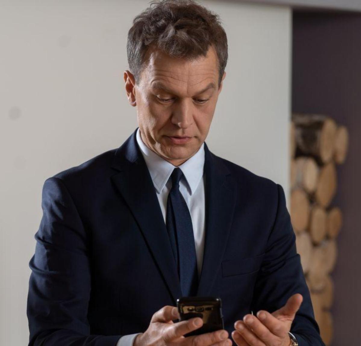 Michał Żebrowski na planie serialu