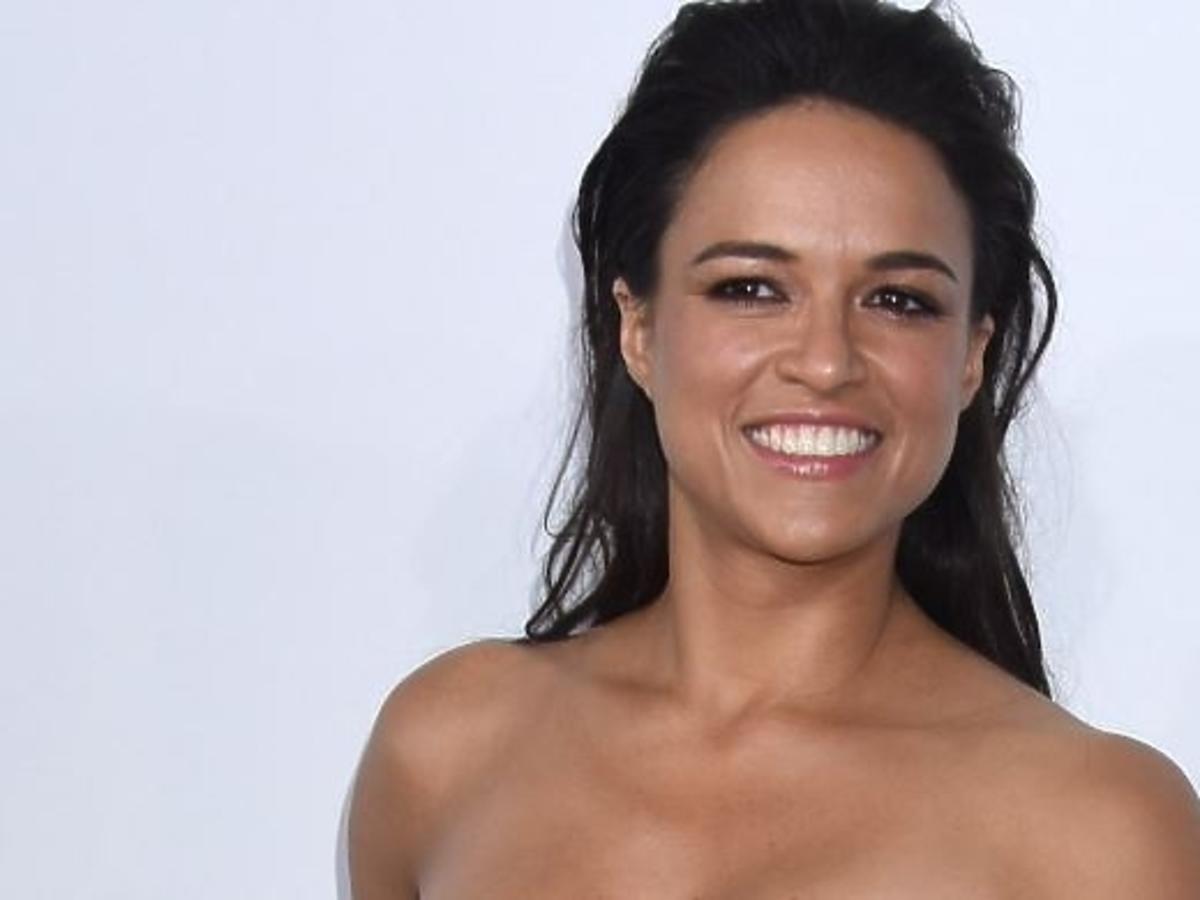 """Michelle Rodriguez na premierze filmu """"Szybcy i wściekli"""""""