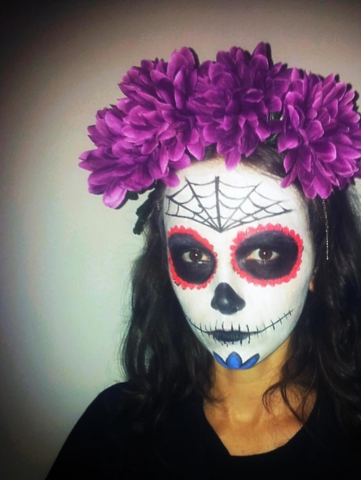 Monika Brodka na Halloween przebrała się za boginię VooDoo, co nawiązuje do jej wizerunku artystycznego z płyty