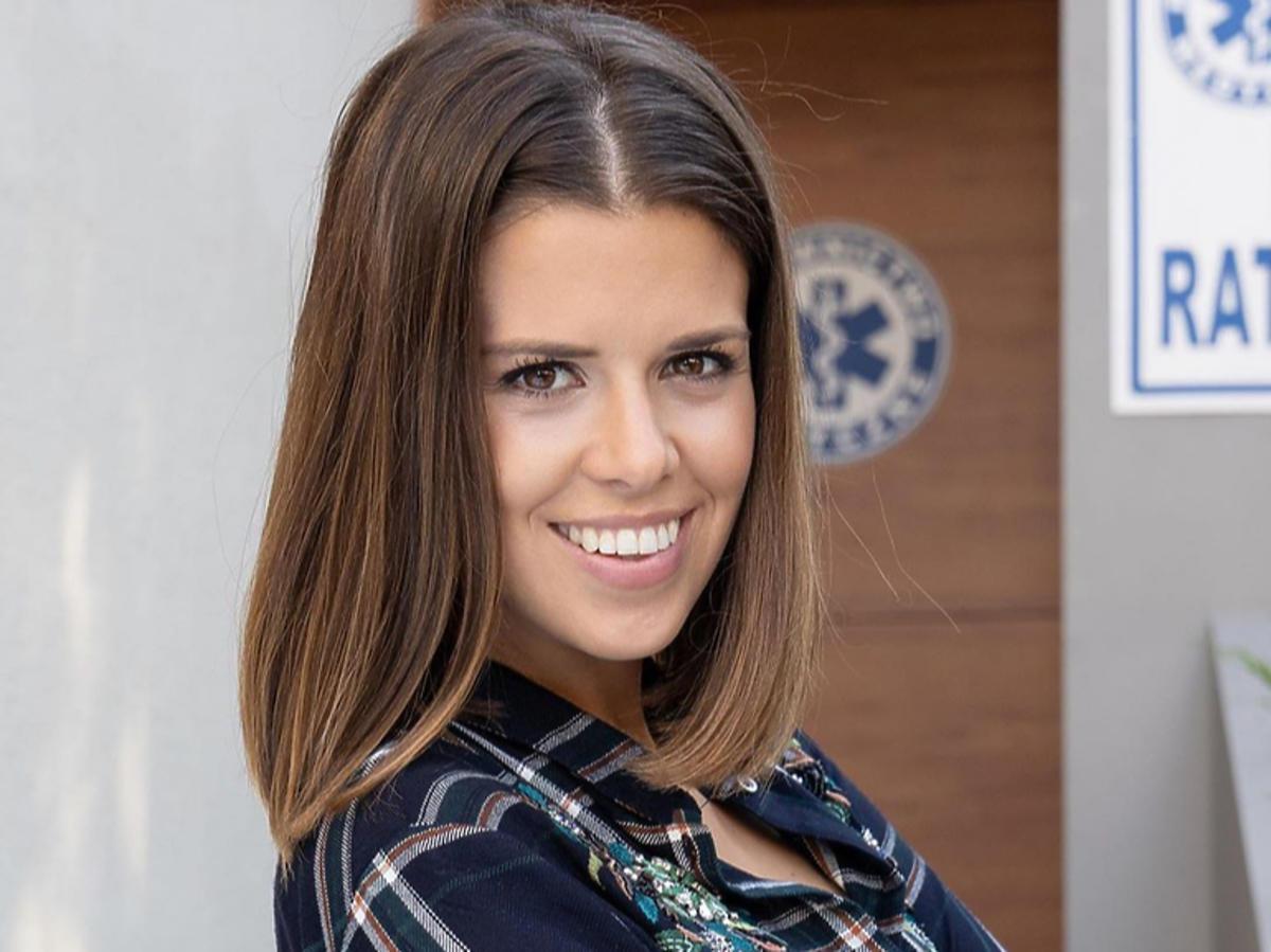 """Monika Mazur na planie serialu """"Na sygnale"""""""