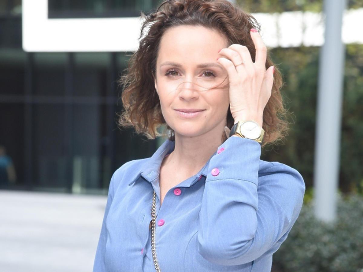 Monika Mrozowska na otwarciu salonu EyeBar