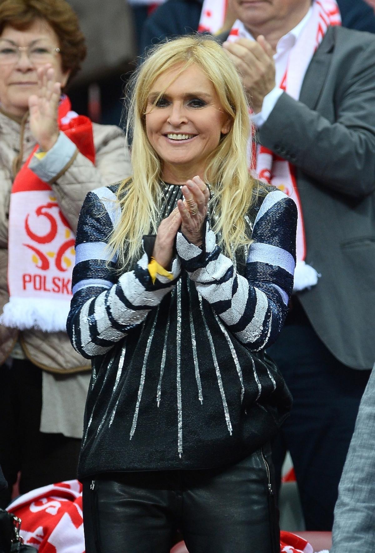 Monika Olejnik na meczu Polska-Szkocja na Stadionie Narodowym