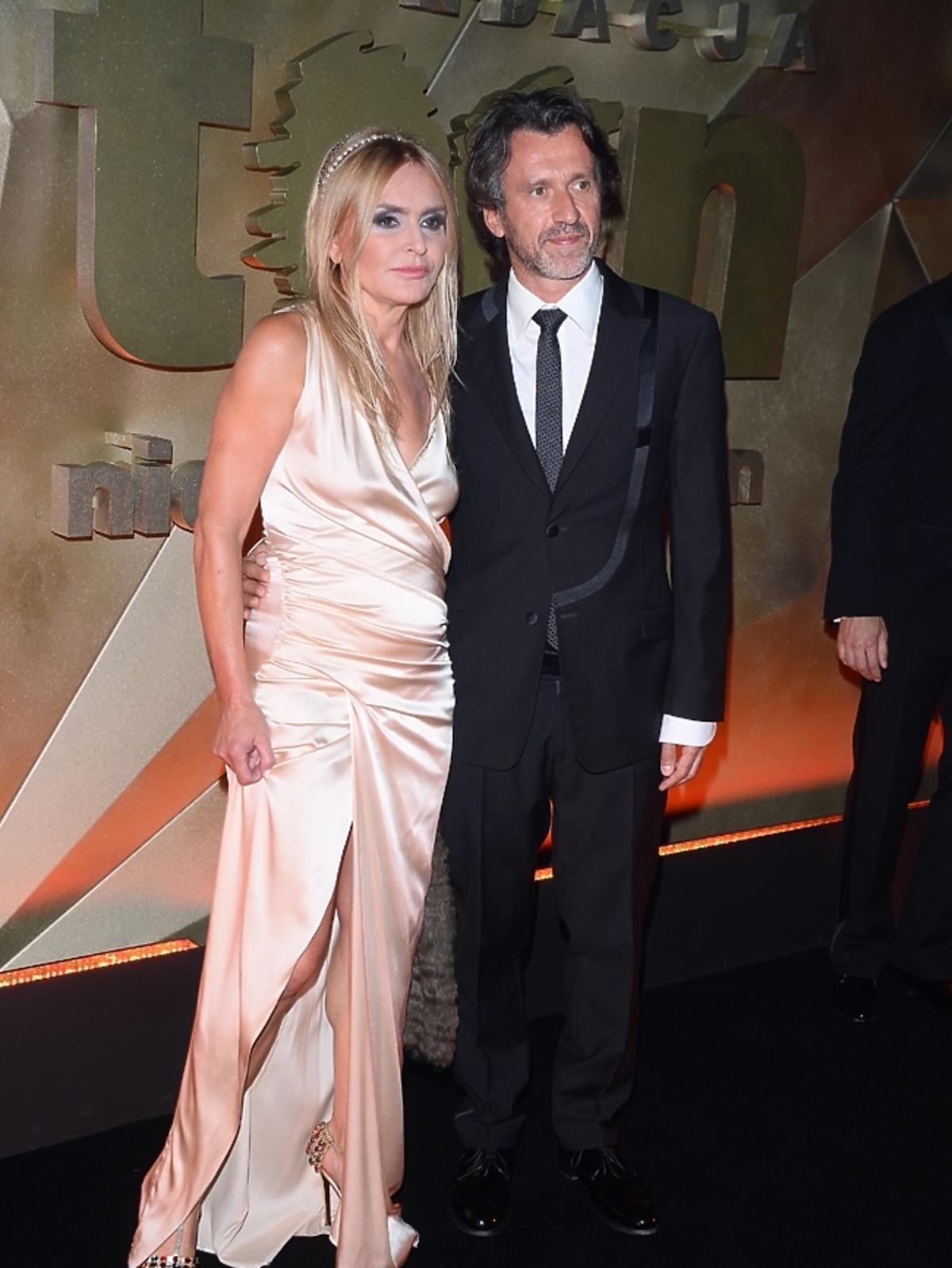 Monika Olejnik z mężem na Balu Fundacji TVN