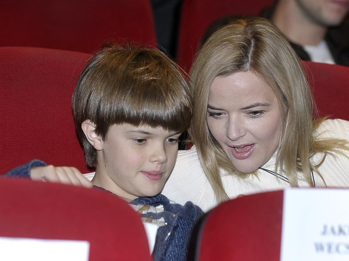 Monika Richardson z synem na premierze filmu