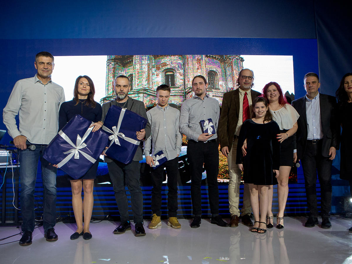 Nagrody dla zwycięzców Rajdu Duster Nieznane Mazowsze