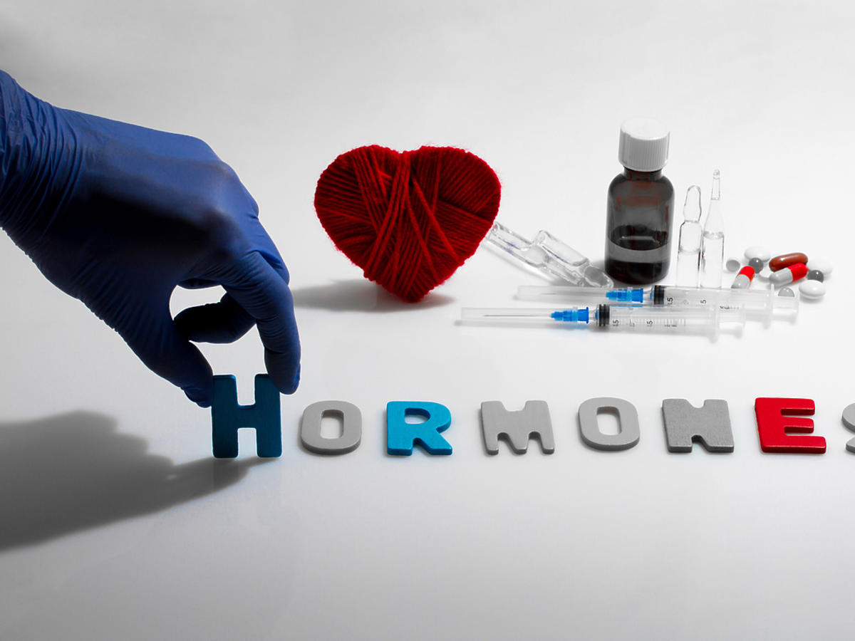 Napis - hormones