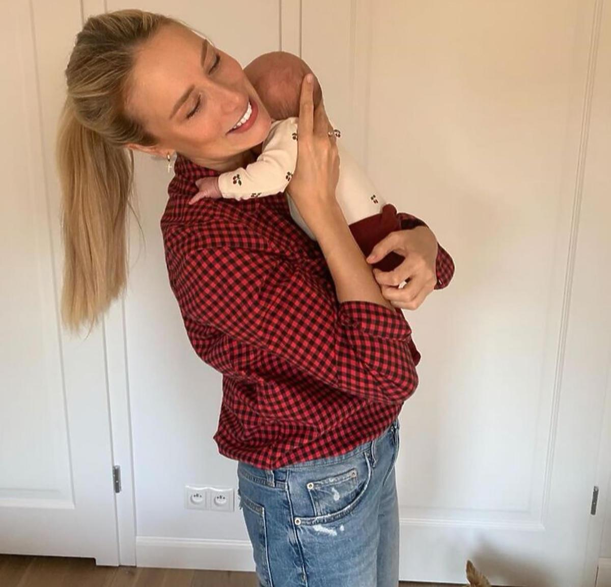 Natalia Klimas z dzieckiem