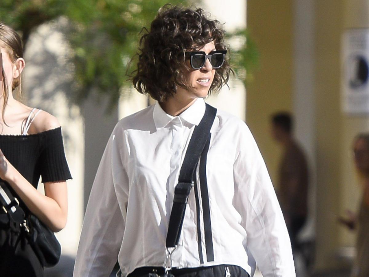 Natalia Kukulska w białej koszuli