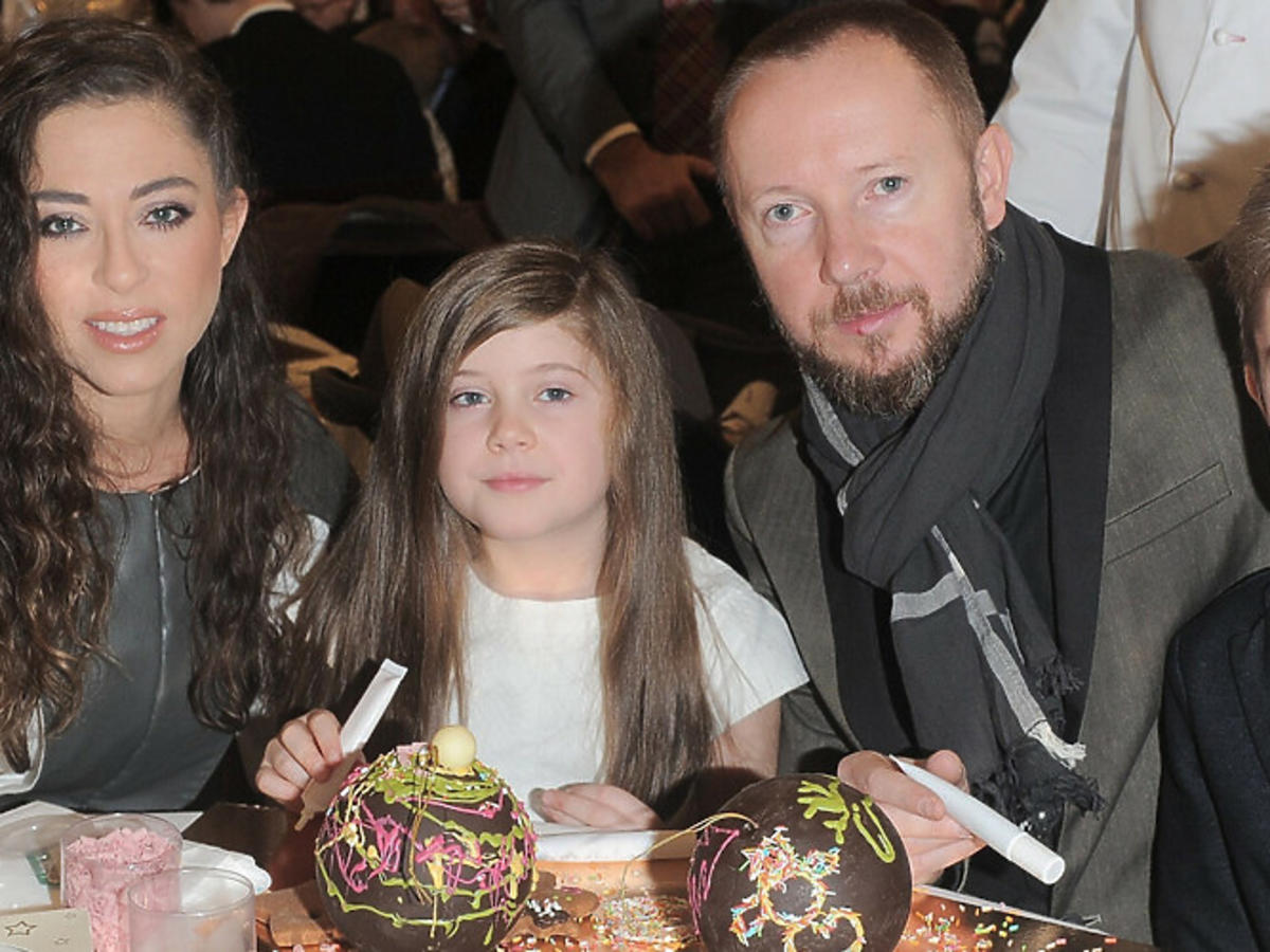 Natalia Kukulska z synem i córką przy stole