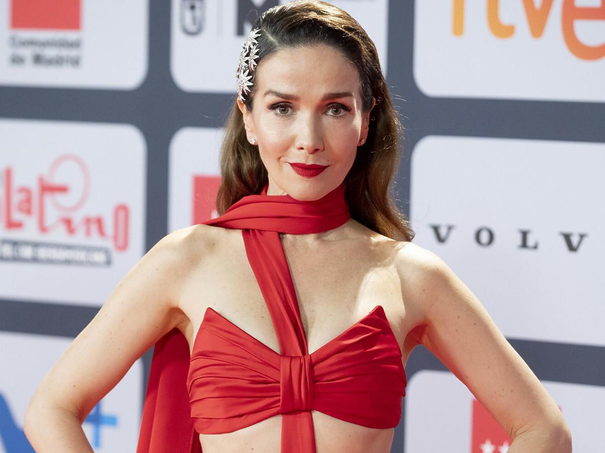 Natalia Oreiro w czerwonej sukni na gali