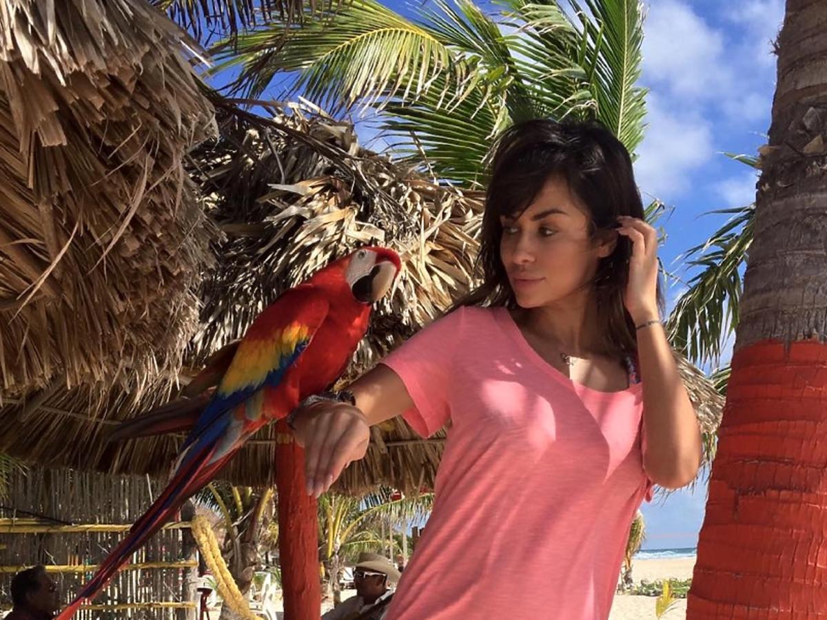 Natalia Siwiec w różowej bluzce