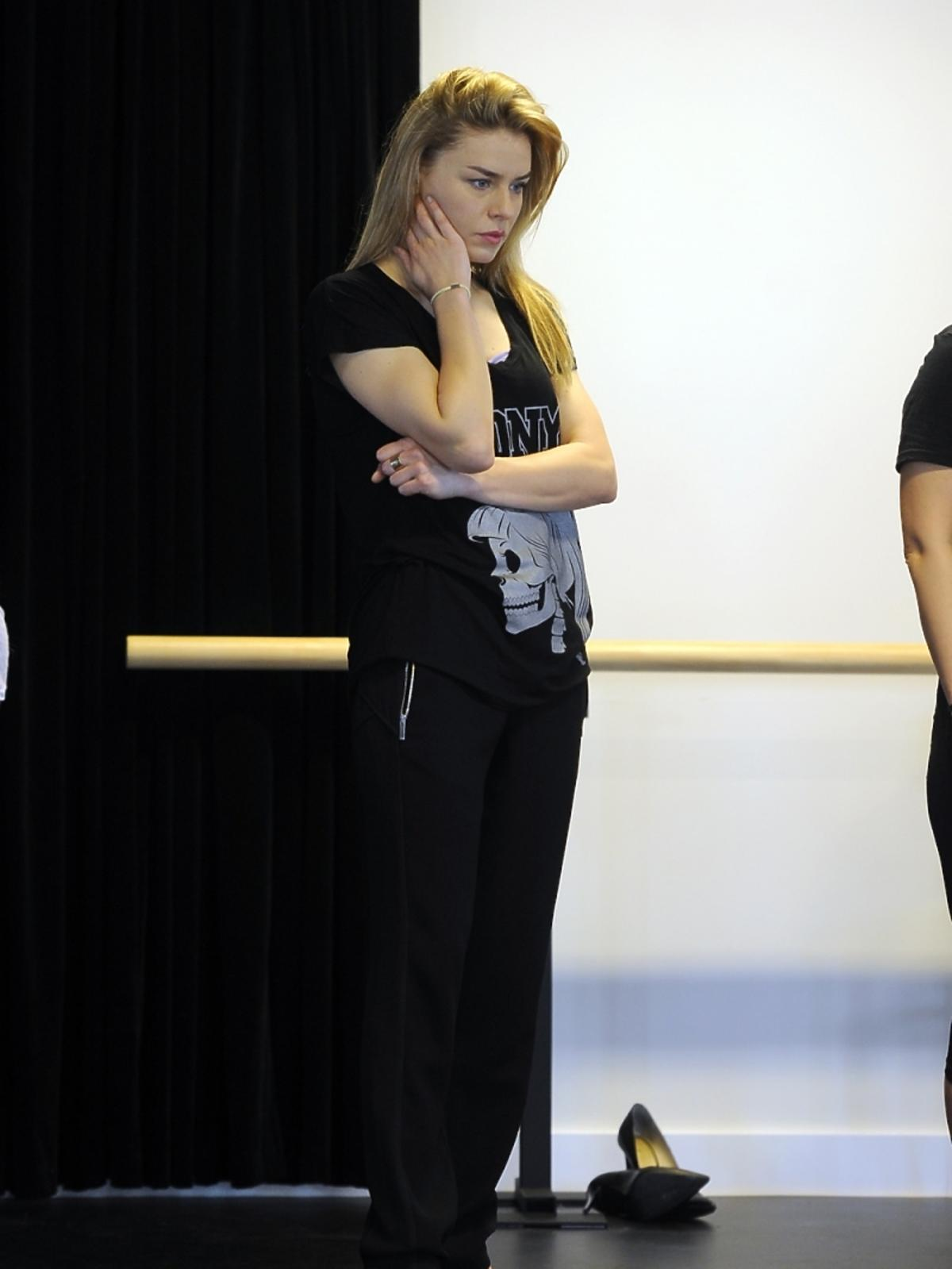 Natasza Urbańska na próbie musicalu