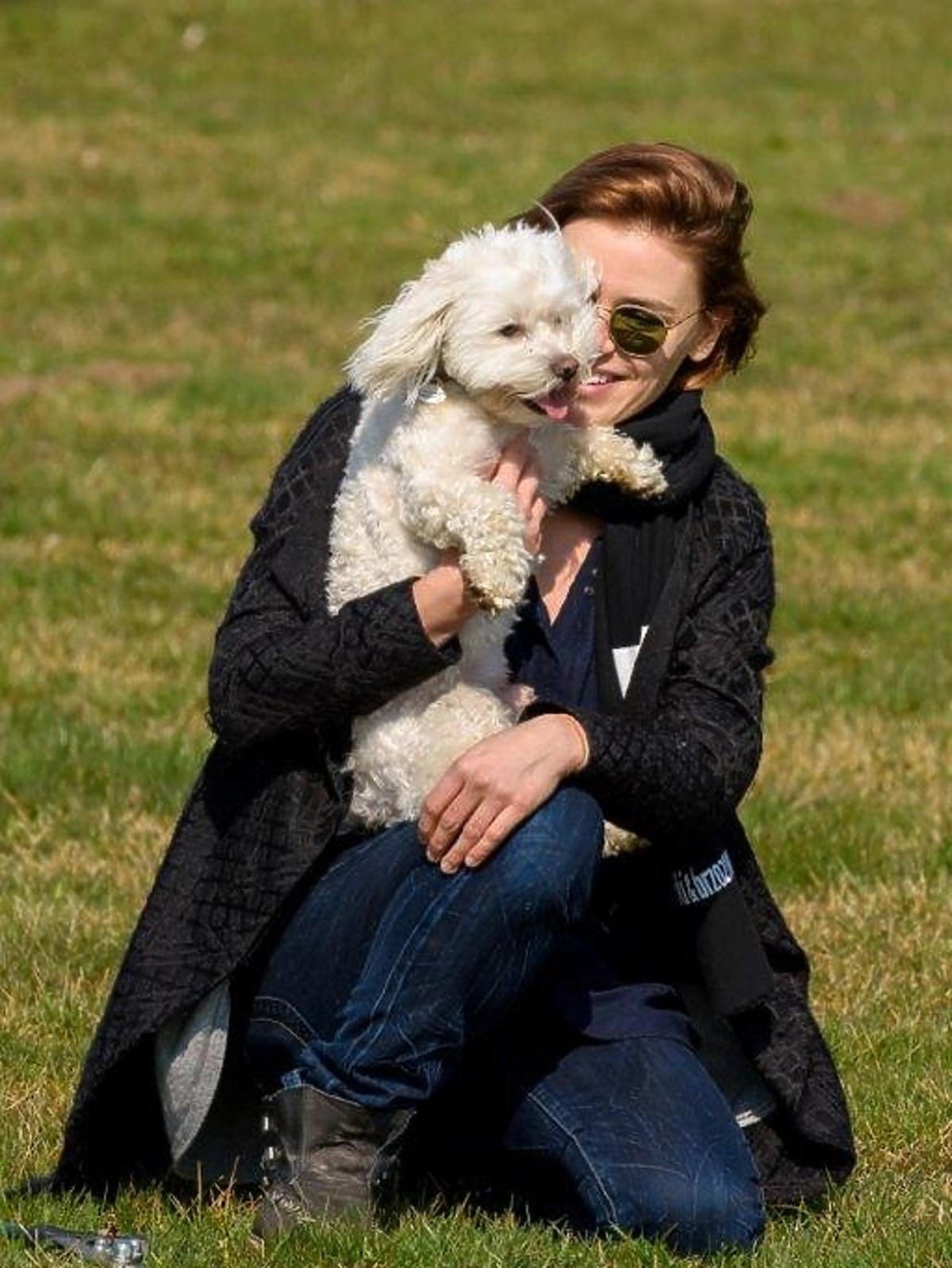 Natasza Urbańska z psem