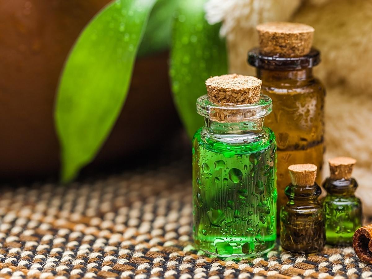 naturalne olejki w buteleczkach