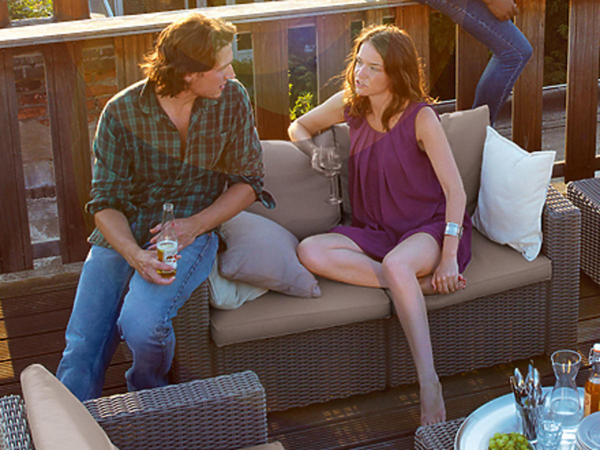 Nie siedź w domu, wyjdź na balkon! 5 pomysłów jak zamienić swój balkon w... salon!