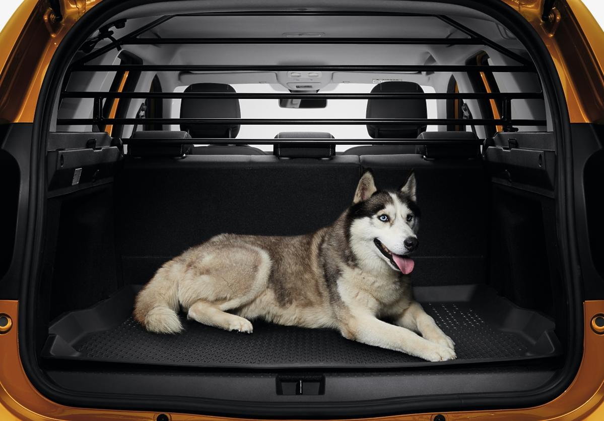 Nowa Dacia Duster - zdjęcia bagażnik