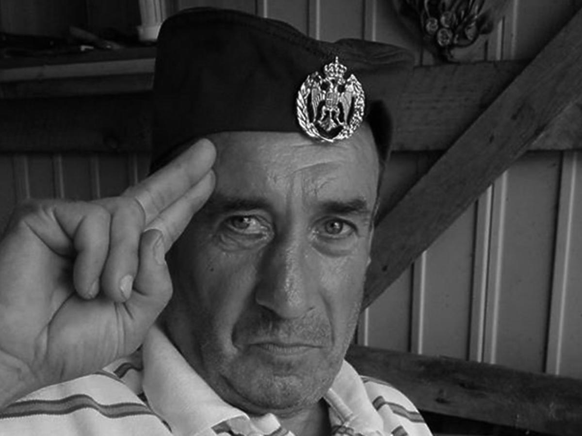 """Oficer Wiesiek z """"Chłopaków do wzięcia"""" nie żyje"""