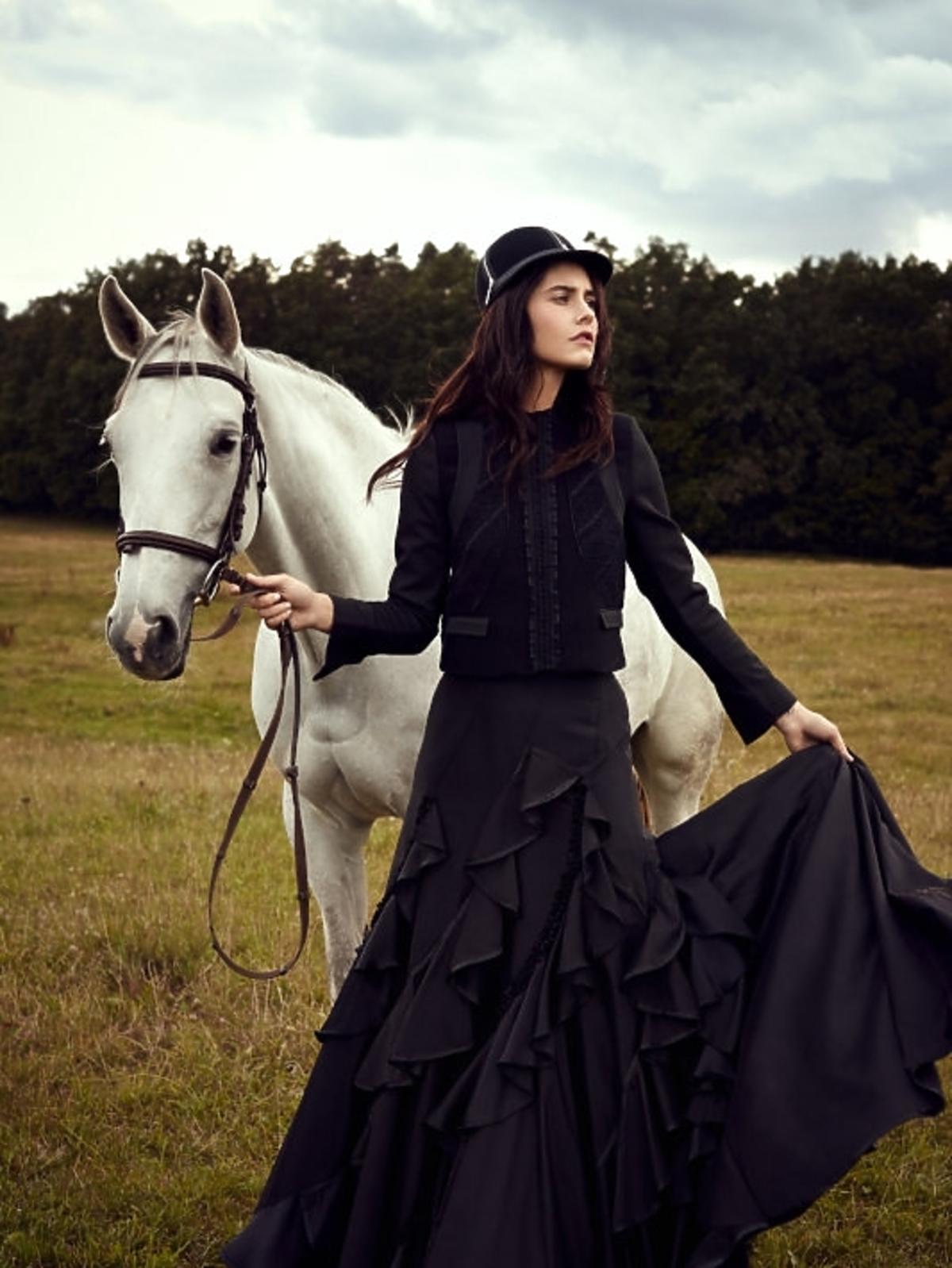 Ola Żuraw w sesji konnej w Top Model