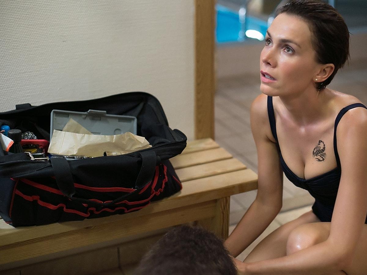 Olga Bołądź w kostiumie kąpielowym
