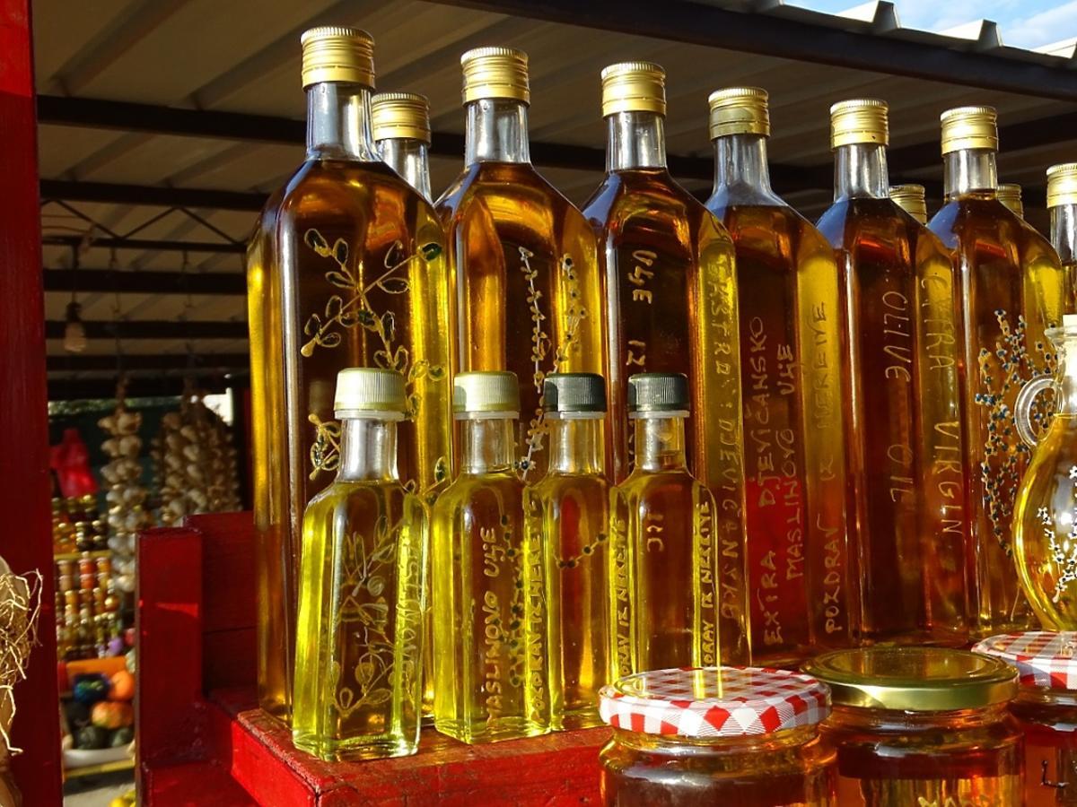 oliwa w butelkach
