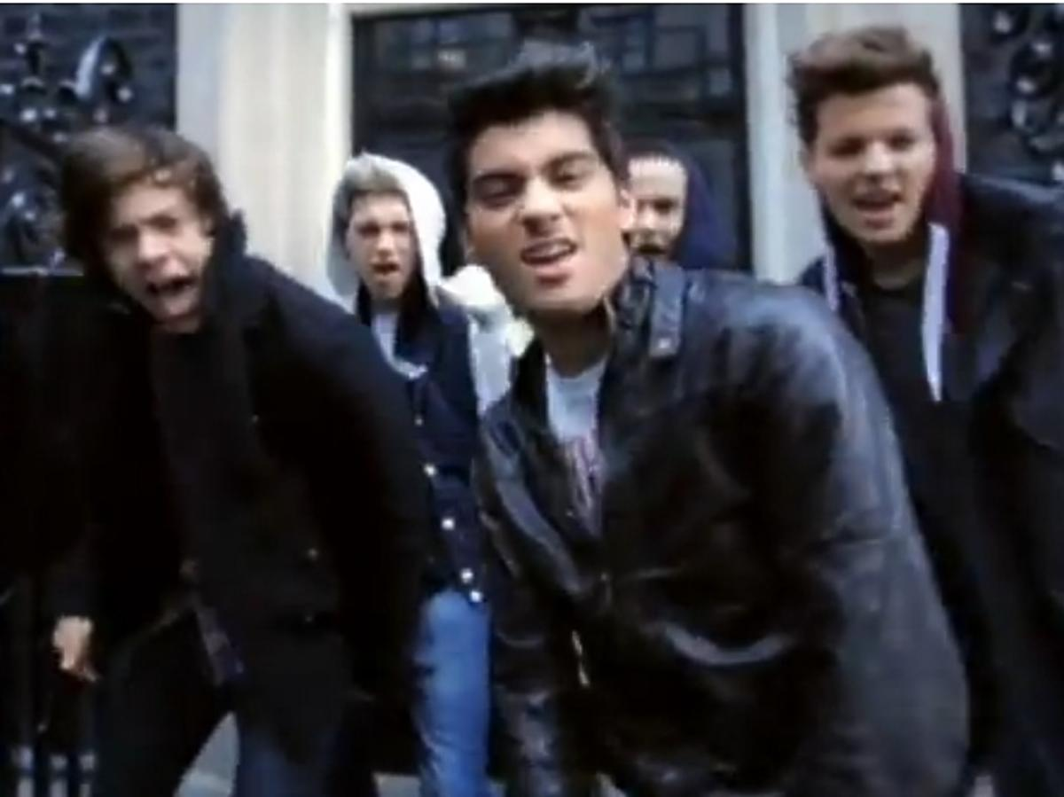 "One Direction ""One Way Or Another"""
