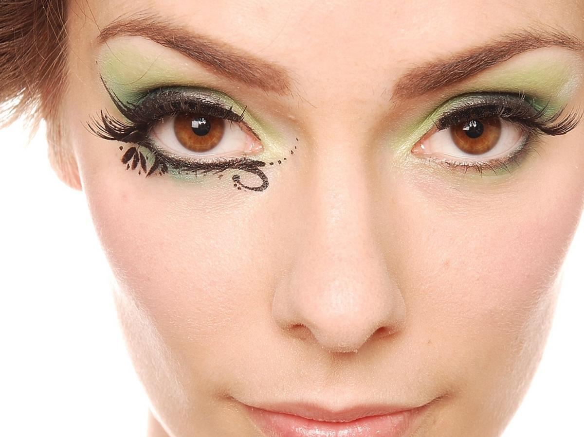 Oryginalny makijaż sylwestrowy