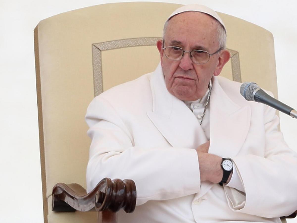 Papież Franciszek modli się za Pawła Adamowicza