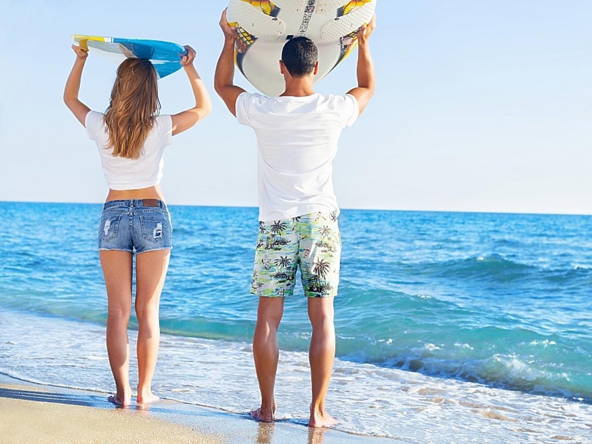 para podczas wakacji nad morzem